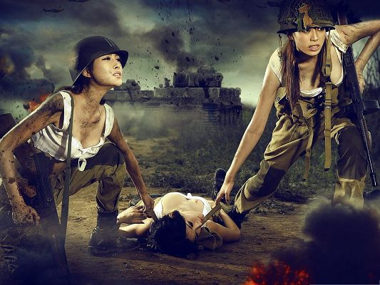 click to free download the wallpaper--Free Wallpaper Computer, Female Soldiers At War, Never Adandon