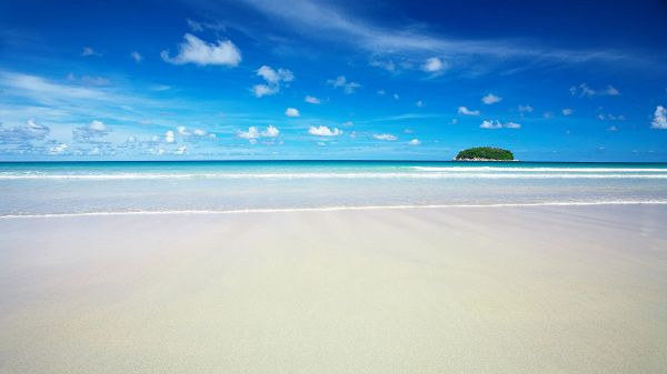 Free Scecery Wallpaper - What the Beach is Like at  Fine Days?,click to download