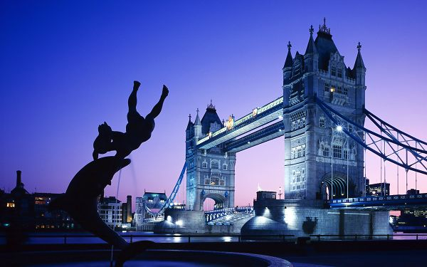 Free Scenery Wallpaper - Includes London Tower Bridge, Add Your Device Both Beauty and Fun!,click to download