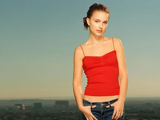 Free Scenery Wallpaper - Includes Natalie Portman, a Must Have One for Her Fan!,click to download