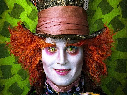 Free Wallpaper of Jonny Depp in Alice Wonderland,click to download
