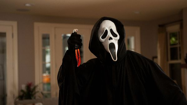 click to free download the wallpaper--Ghostface in Scream in 1920x1080 Pixel, a Knife is Held in the Hand, He Can Indeed Make One Scream and Run - TV & Movies Wallpaper