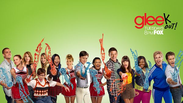 click to free download the wallpaper--Glee TV Cast Post in 1920x1080 Pixel, Smiling and Happy Boys and Girls, Clean, Green and Young Enough to Strike an Impression - TV & Movies Post