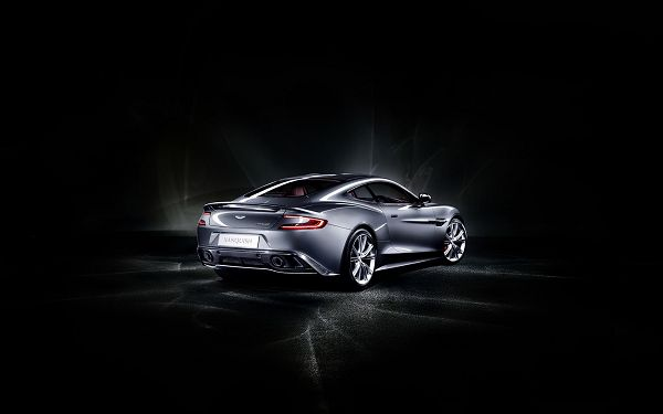 click to free download the wallpaper--Gray Aston Matin Car in the Stop, Black Background and Black Road, Decency and Better Look Will be Gained by the User - HD Cars Wallpaper