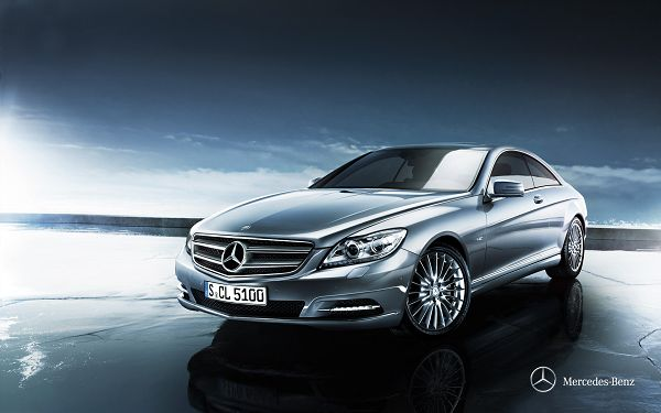 click to free download the wallpaper--Gray Benz Car on Surface of the Sea, Everything is Clean, It Can Turn Around and Start Running at Any Time - HD Cars Wallpaper