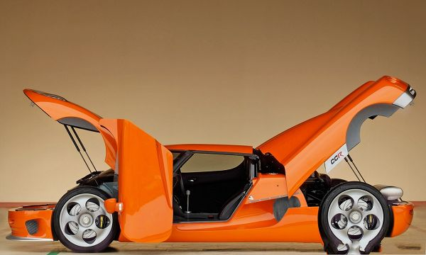 click to free download the wallpaper--HD Cars Wallpaper, Orange Koenigsegg CCR, All Doors Open