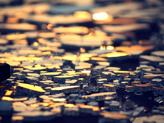 click to free download the wallpaper--HD Wide Wallpaper, Broken Glass, Shinning River Surface