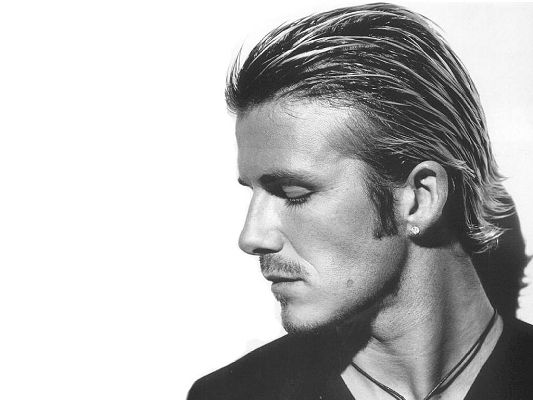 click to free download the wallpaper--Handsome Guy Poster, David Beckham in His Typical Hairstyle, Earrings and Necklace