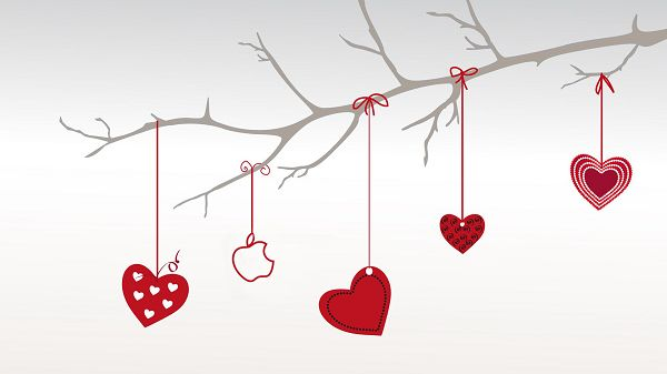 click to free download the wallpaper---Hangings in Heart Shape and Red Color, Style is Simple and Clean, Can Fit Any Computer - HD Creative Wallpaper