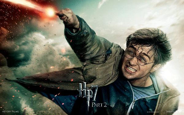 click to free download the wallpaper--Harry Potter in Deathly Hallows Part 2 Post in 1920x1200 Pixel, the Boy is in Injury and Flying, Won't Let the Item Go - TV & Movies Post