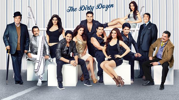 click to free download the wallpaper--Housefull 2 The Dirty Dozen in 3200x1800 Pixel, Family Members Are Together, They are Happy and Laughing, What a Family! - TV & Movies Wallpaper