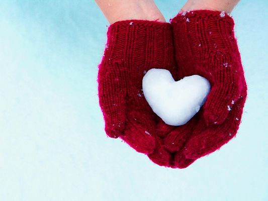 click to free download the wallpaper--Image of Romance, Red Gloves, I Give You My Heart, Cherish It!