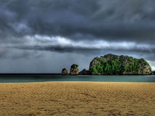 click to free download the wallpaper--Images of Nature Landscape, Storm Over Island, the Final Peace Before It Comes