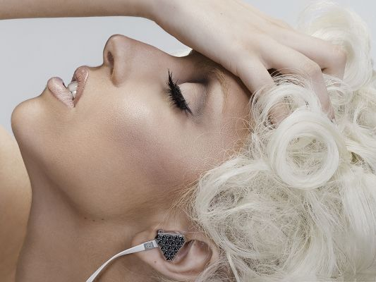 Lady Gaga Poster, Long Black Eyelashes, White Hair, Unique Earphone