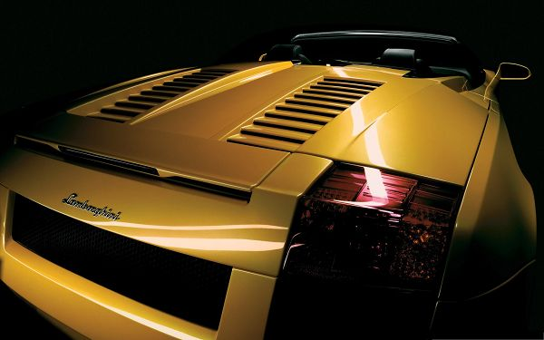 click to free download the wallpaper--Lamborghini Sport Cars Image, Yellow Super Car Added with Shinning Look, Great Look