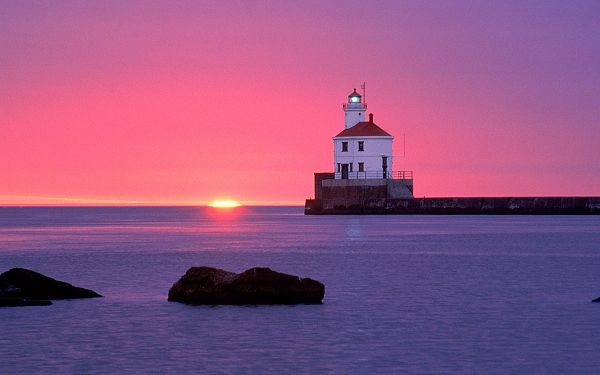 Lighted Up Beacon, Sky is Pink Due to the Setting Sun, the Sea is Falling Asleep, What a Wonderful Scene - HD Natural Scenery Wallpaper