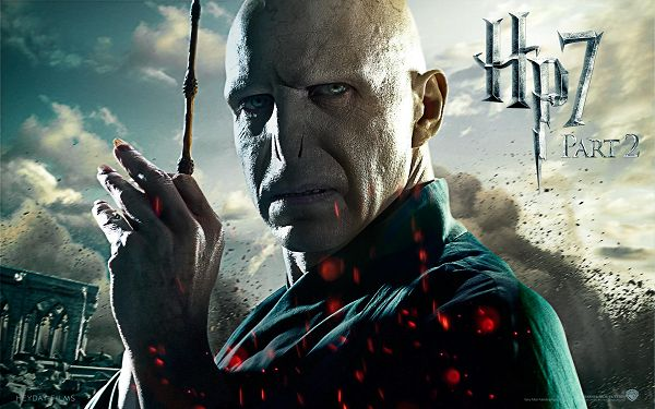 Lord Voldemort in Deathly Hallows Part 2 Post in 1920x1200 Pixel, Guy with Long and Sharp Nails, He Must be Tough to Beat - TV & Movies Post