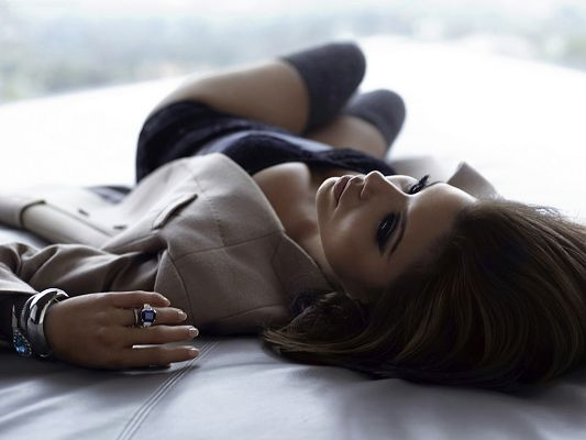 Lying on Floor in Tight Underwear, Must be Waiting for Someone, Looking Really Good in This - HD Eva Longoria Wallpaper