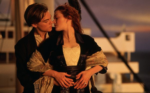 click to free download the wallpaper---Making People Believe in Love, Trust the Partner Beside You and You Will Get Good Return - Titanic Wallpaper