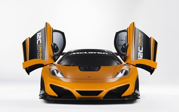 click to free download the wallpaper---McLaren Car in Stop, Two Windows Like Stretched out Wings, It is Like a Flying Insect - McLaren Cars Wallpaper