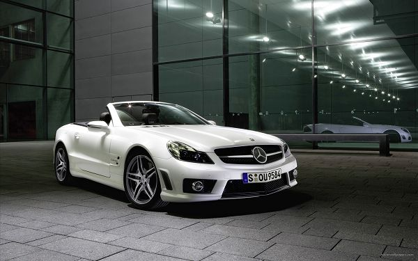 Mercedes Benz Convertible 2 Post in 1920x1200 Pixel, White Car is Reflected on the Window, Bound to Live Under the Spotlight - HD Cars Wallpaper