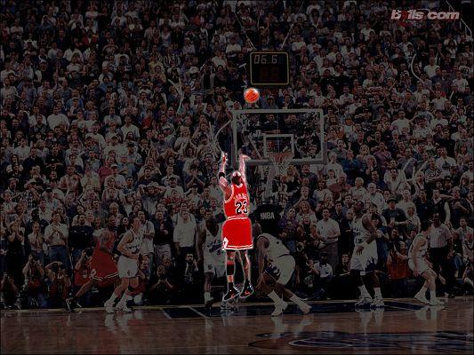 Michael Jordan Last Shot Wallpaper in 1024x768 Pixel, a Glowing and Memorable Figure in All NBA History - Basketball Super Stars Wallpaper