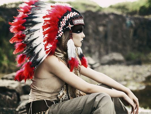 click to free download the wallpaper--Native American Girl, Unique Hat and Dressings, Long Chicken Feather