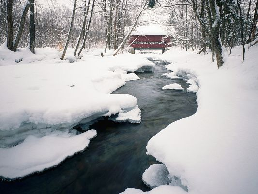 click to free download the wallpaper--Nature Landscape Image, River in Winter, Snow Alongside, a Red Small House