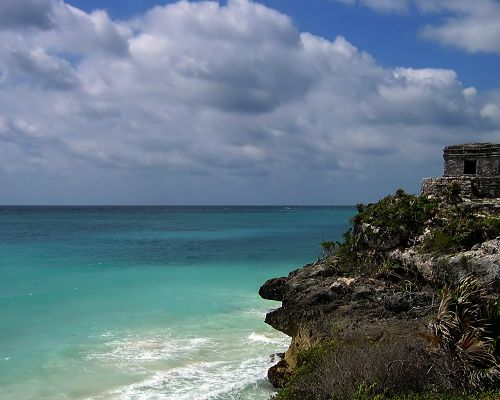 click to free download the wallpaper--Nature Landscape Pics, Ruins by the Blue and Clear Sea, the Blue Sky, Thick White Clouds