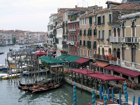 Nature Landscape of the World, Simple Venice, the City of Water, Tall Buildings