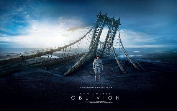 click to free download the wallpaper--Oblivion Movie 2013 Wallpaper in 2880x1800 Pixel, Tom Cruise Has Turned into a Great Fighter, Determined to Persue His Way No Matter What - TV & Movies Wallpaper
