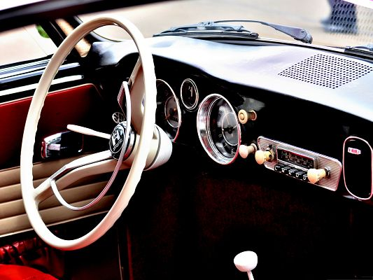 click to free download the wallpaper--Old Car Interior, Simple and Easy to Operate, Meant to Drive