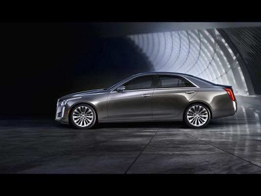 click to free download the wallpaper--Pics of Super Car, Cadillac CTS from Static Side, Looking Good and Decent