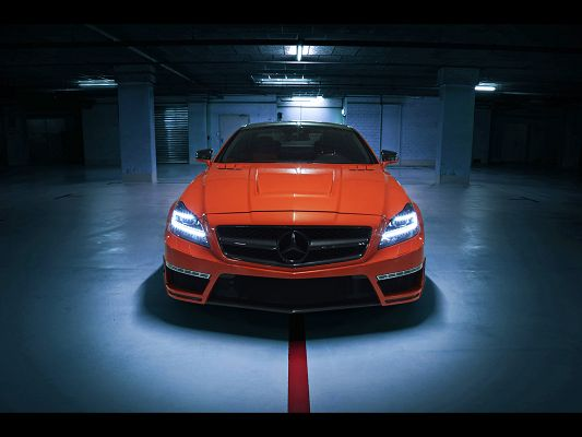 click to free download the wallpaper--Pics of Super Cars, Mercedes Benz CLS, Originates from German Style, a Real Handsome Car