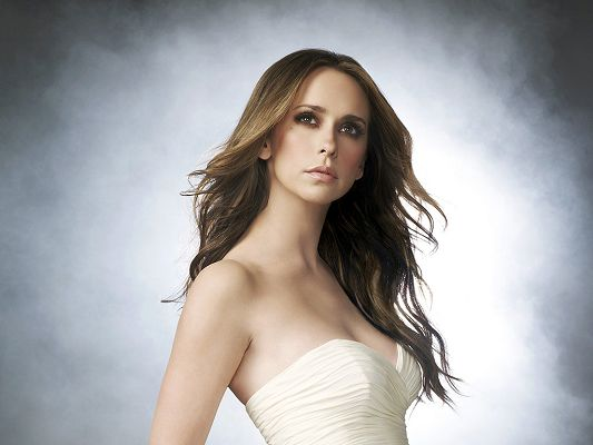 click to free download the wallpaper--Played in Heartbreakers, Garfield and CBS's Ghost Whisperer, She is Like God's Hot Angel to the Earth - HD Jennifer Love Hewitt Wallpaper
