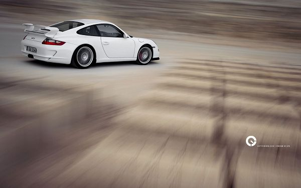 click to free download the wallpaper--Porsche GT3 Post in Pixel of 1680x1050, What Does a Great Car Running in Full Speed Look Like? Never Miss This One - HD Cars Wallpaper