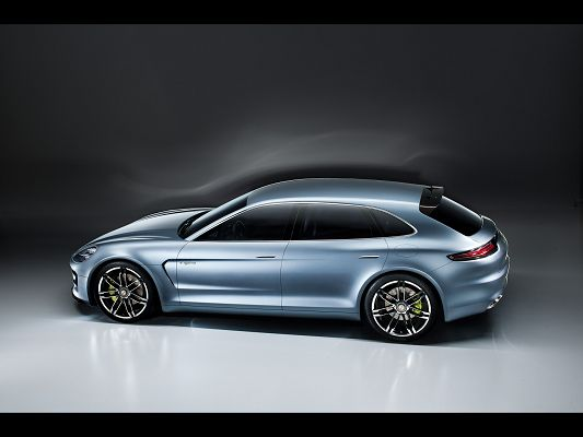 click to free download the wallpaper--Porsche Panamera Sport, Seen from Faraway and Side Look, Super Car Images Shall Look Good on Your Device
