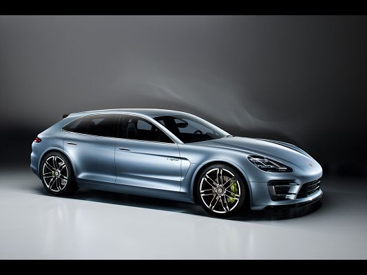 click to free download the wallpaper--Porsche Panamera Sport Turismo Concept, Smooth Lines from the Side Look, Car Images Are Great Fits