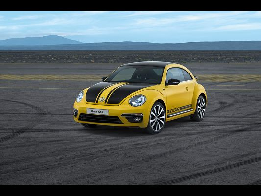 click to free download the wallpaper--Post of Super Cars, Volkswagen Beetle GSR About to Turn Around, in the Same Color with Lines