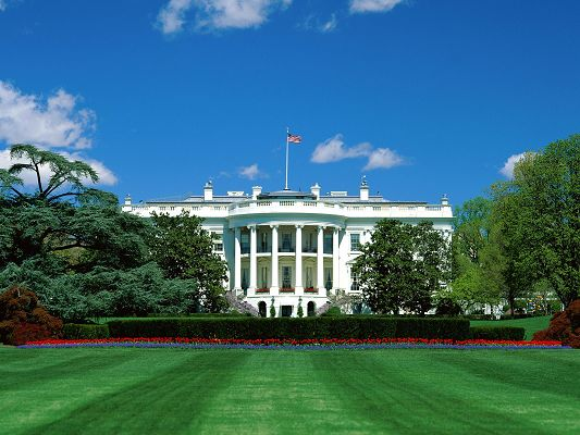 Presidential Suite The White House in Pixel of 1600x1200, Green Plants Are All Over, It is Majestic and Deserves Great Respect and Attention - HD Natural Scenery Wallpaper