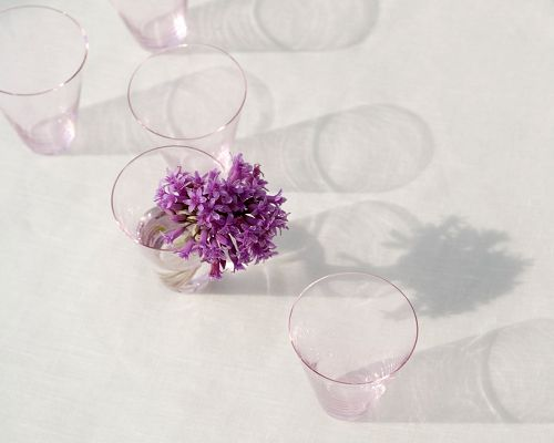 click to free download the wallpaper--Purple Flowers in Crystal Clear Cups, Lights Are Pouring in, is Indeed a Peaceful Scene - Indoor Scenery Wallpaper