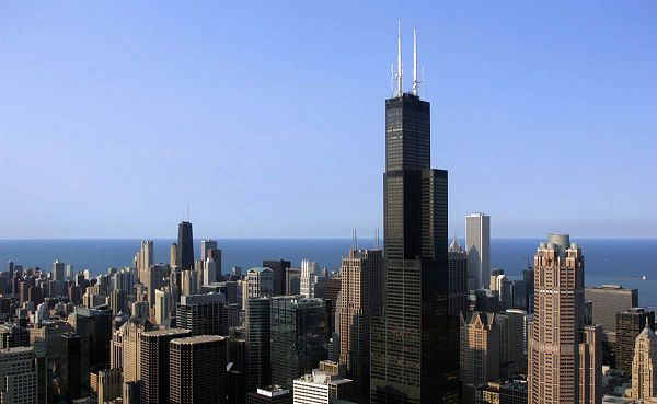 click to free download the wallpaper--Sears Tower, the Tallest Building in America