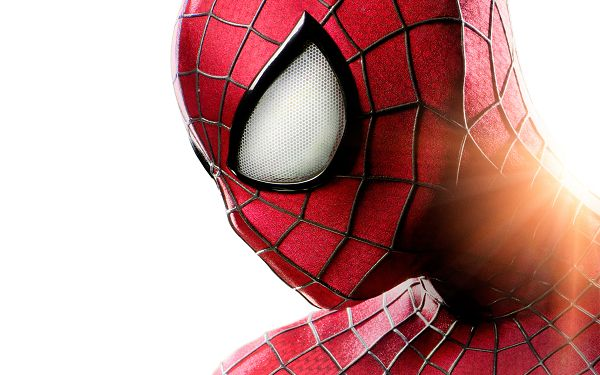 Smart Spider Man in His Typical Suit, White Background, 2880x1800 Pixel, Shall Look Good on Multiple Devices - TV & Movies Wallpaper