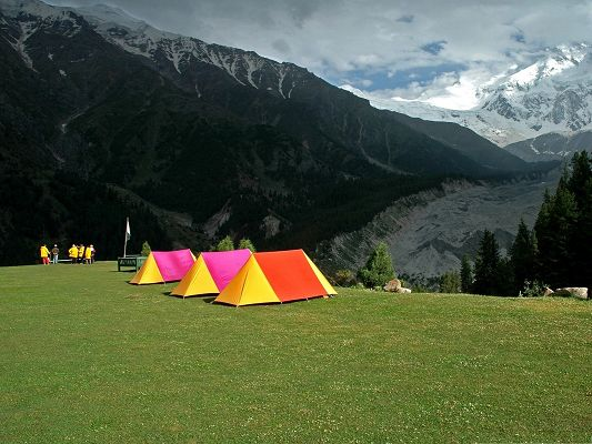 click to free download the wallpaper--Summer Mountain Landscape, Colorful Tents on Green Grass, High Mountains