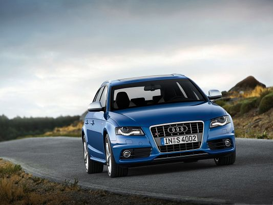 click to free download the wallpaper--Super Car Picture as Wallpaper, Blue Audi S4 Avant Car on Black and Flat Road