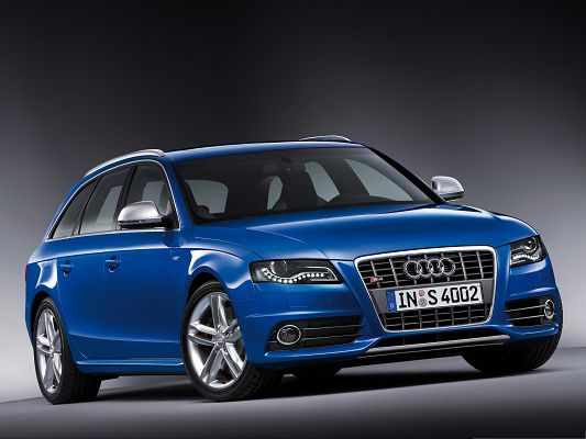 Super Car Pictures as Wallpaper, Audi S4 Avant Car in Side Look, Great Look