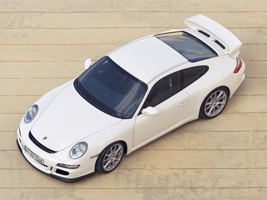 click to free download the wallpaper--Super Car as Background, White Porsche Car in the Stop, Nice and Impressive