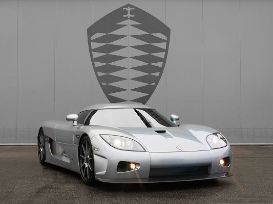 click to free download the wallpaper--Super Cars Picture, Silver Koenigsegg CCX Sport Car with Turned on Lights, Nice Look