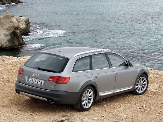Super Cars as Wallpaper, Audi A6 Allroad Facing the Sea, Feel and Wild Scene