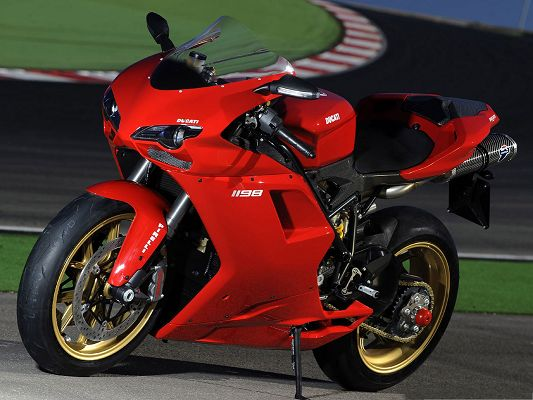 Super Motor Wallpapers, Ducati 1098 Superbike on Dark Road
